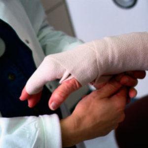 Производственная травма: выплаты и компенсации работнику в 2018 году